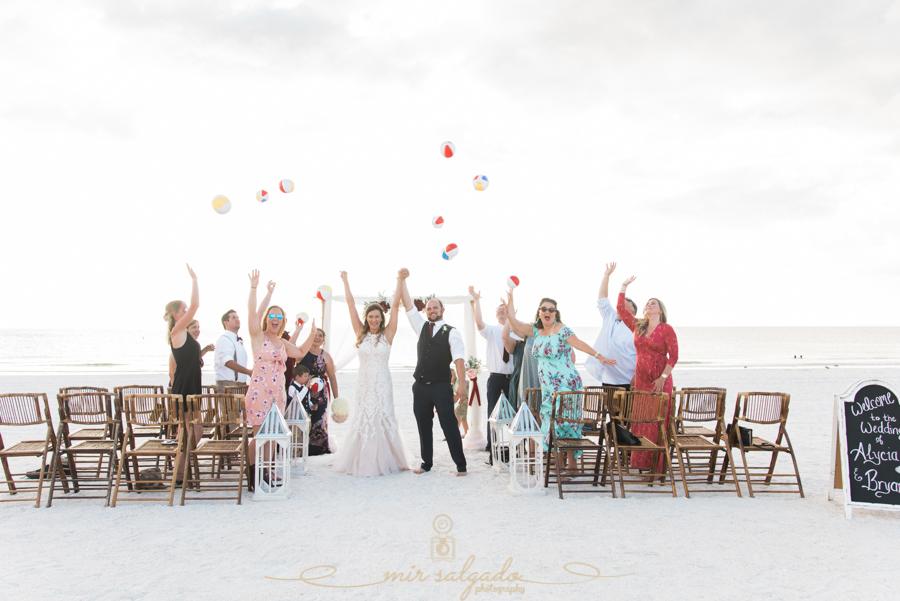 beach-balls-wedding-photo, Florida-wedding-photgrapher