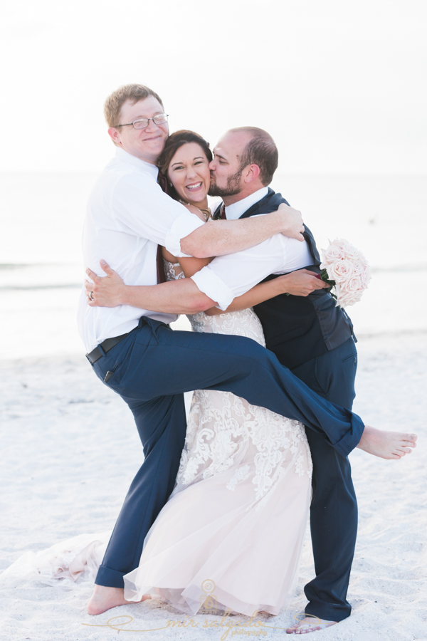 St.Pete-wedding, bride-and-groom-funny-photo