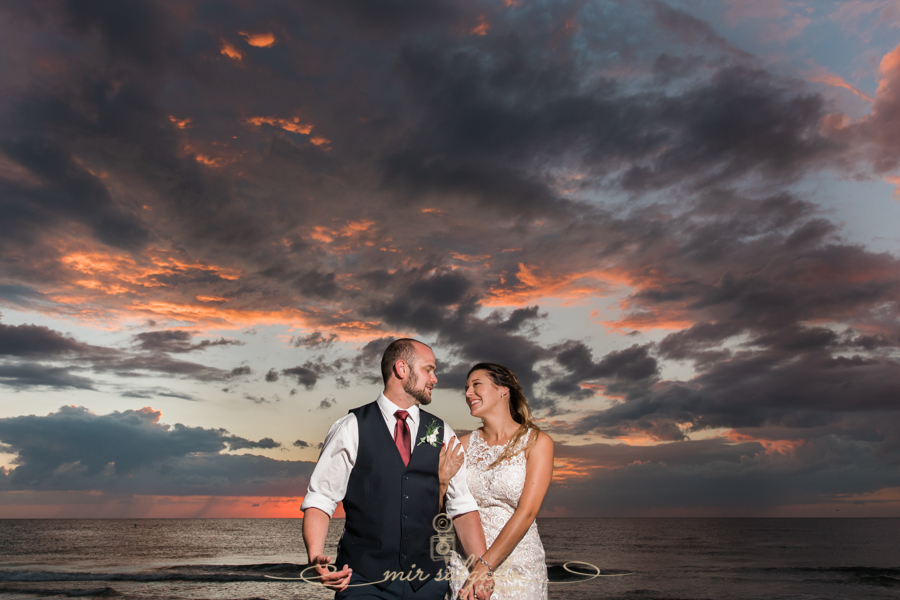 Tide-the-knot-beach-weddings, Tampa-wedding-photographer, best-sunset-wedding-photo