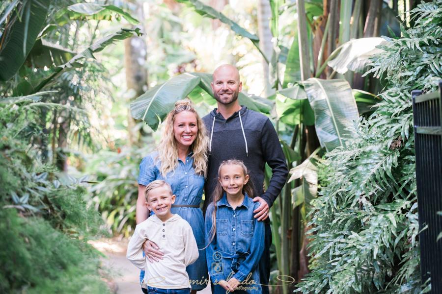 St.Pete-family-session, Sunken-gardens-family-photo
