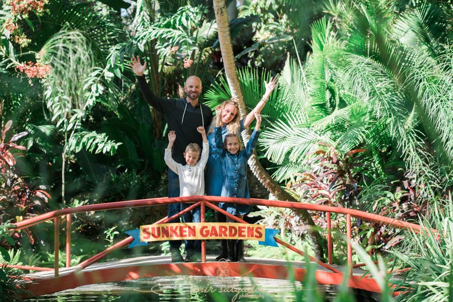 St.Pete-photographer, Sunken-gardens-family-sesion