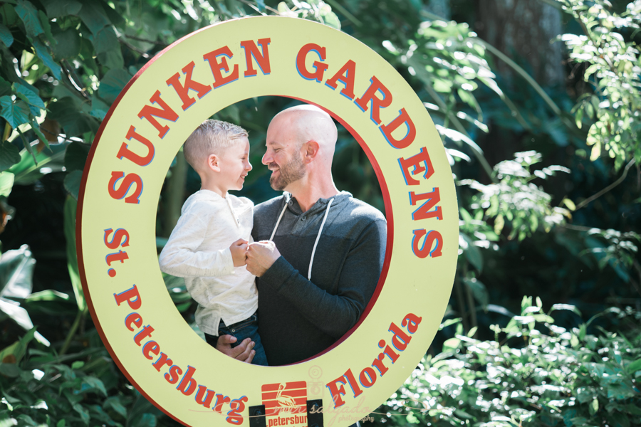 Sunken-gardens-family-session