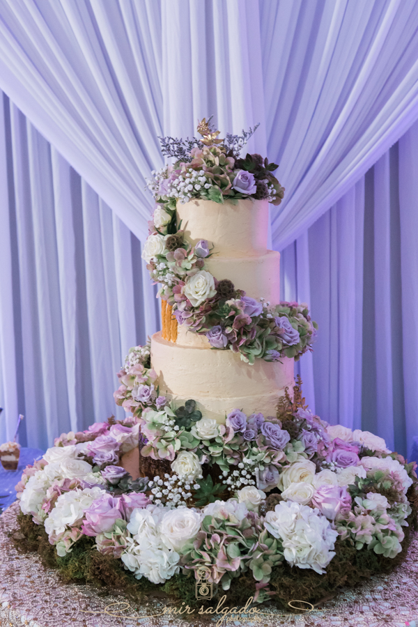 Tampa-bakery, Tampa-quinceanera-cake, Tampa-photographer