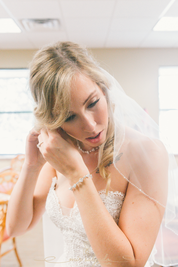 bride-getting-ready, Bradenton-wedding-photographer