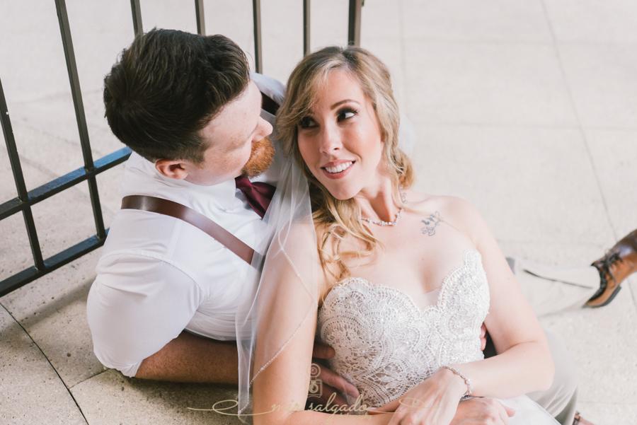 Bride-and-groom-photo-stairs, IMG_Academy-Golf-Club-wedding