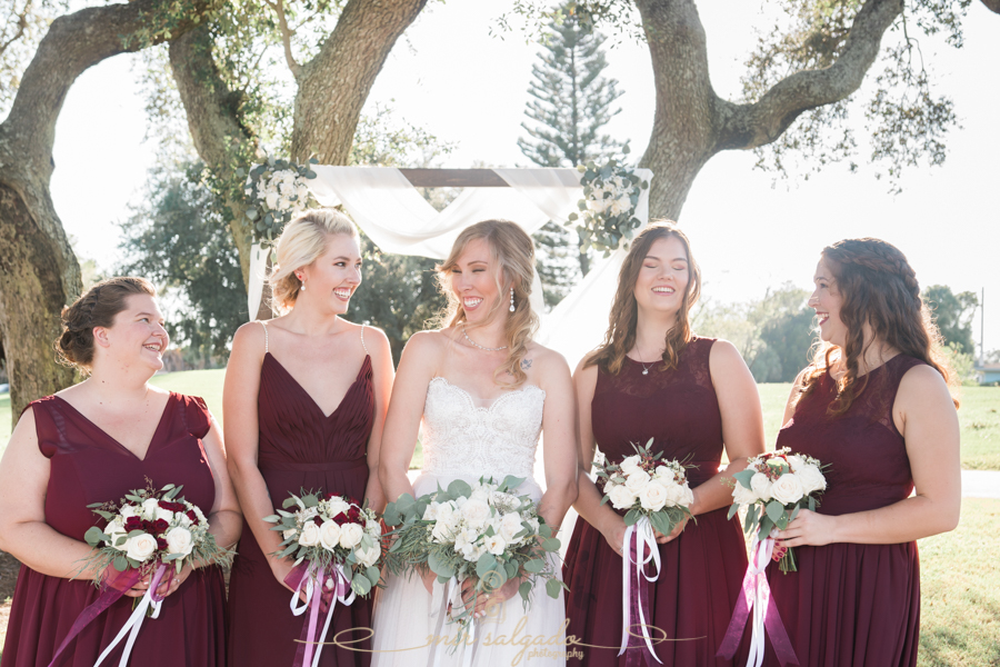 Bride-and-bridesmaids-photo, Tampa-wedding-photographer