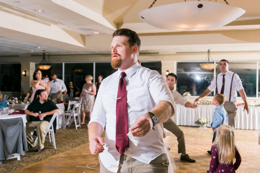 garter-toss, Bradenton-wedding-photographer