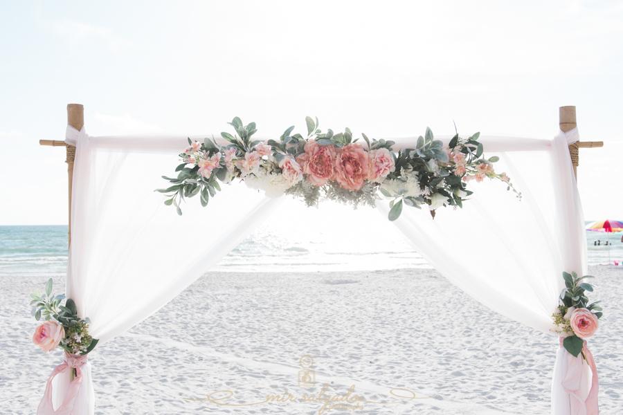 Tide-the-knot-beach-wedding, beach-wedding-deco