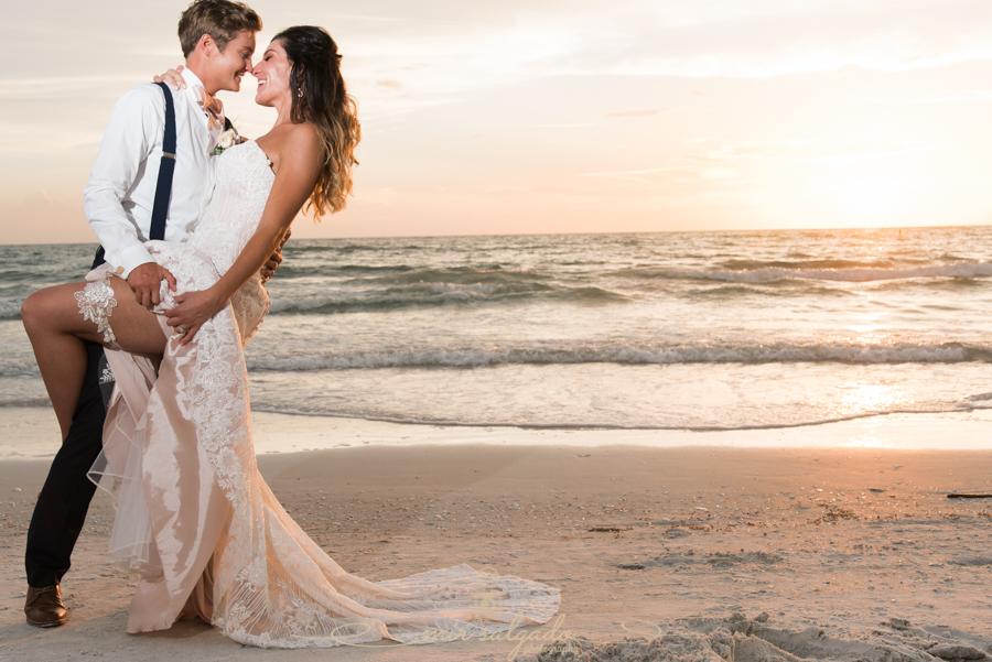 St.Pete-beach-wedding-photo, Pass-a-grille-beach-wedding