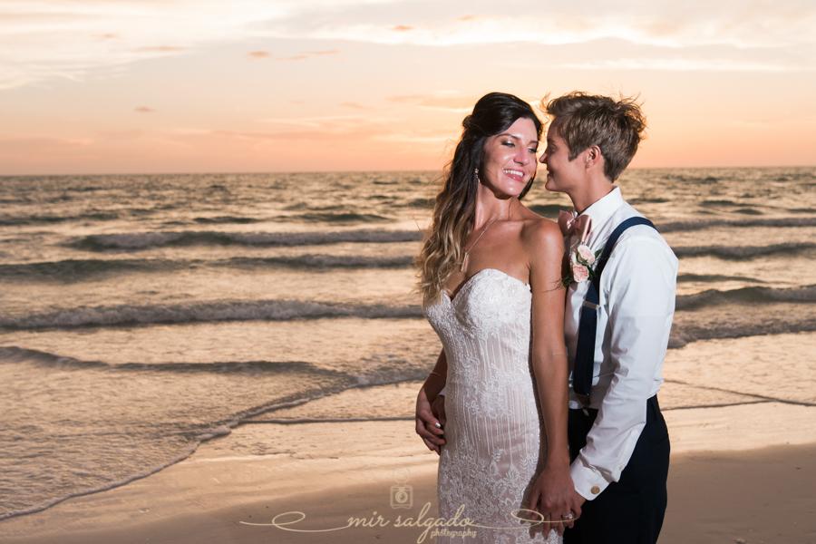 Florida-beach-wedding-photo, Tampa-wedding-photographer