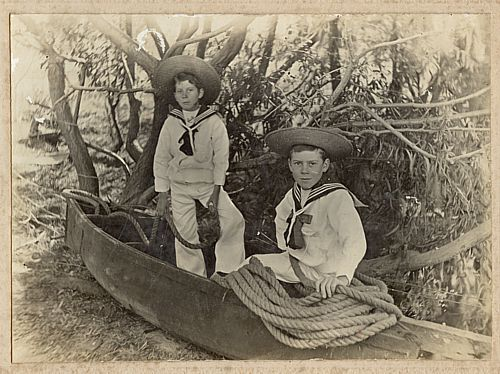 George and his brother Roy as children. (Supplied)