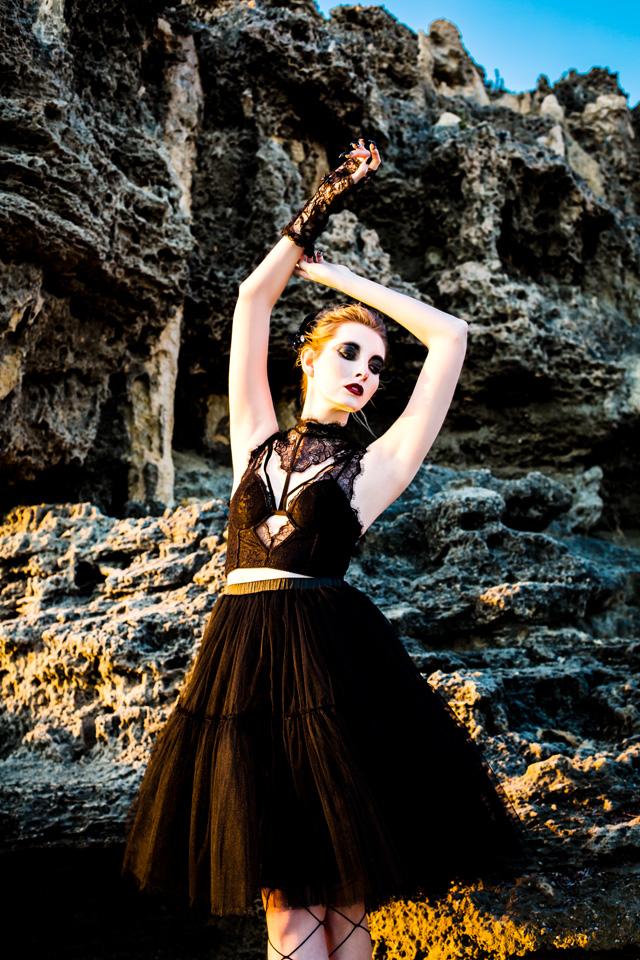 Black Swan-8.jpg