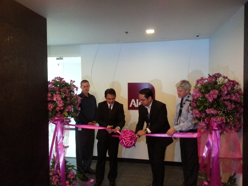 Alere ribbon cutting.jpg