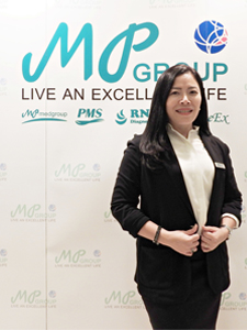 Miss Nathporn Boonbuppa   - B.Sc. Medical Technology, Chulalongkorn University - Executive MBA, Sasin Graduate School - Advisor for Start up for Medtech & Life Science Product - Advisor for Corporate Strategi   CEO