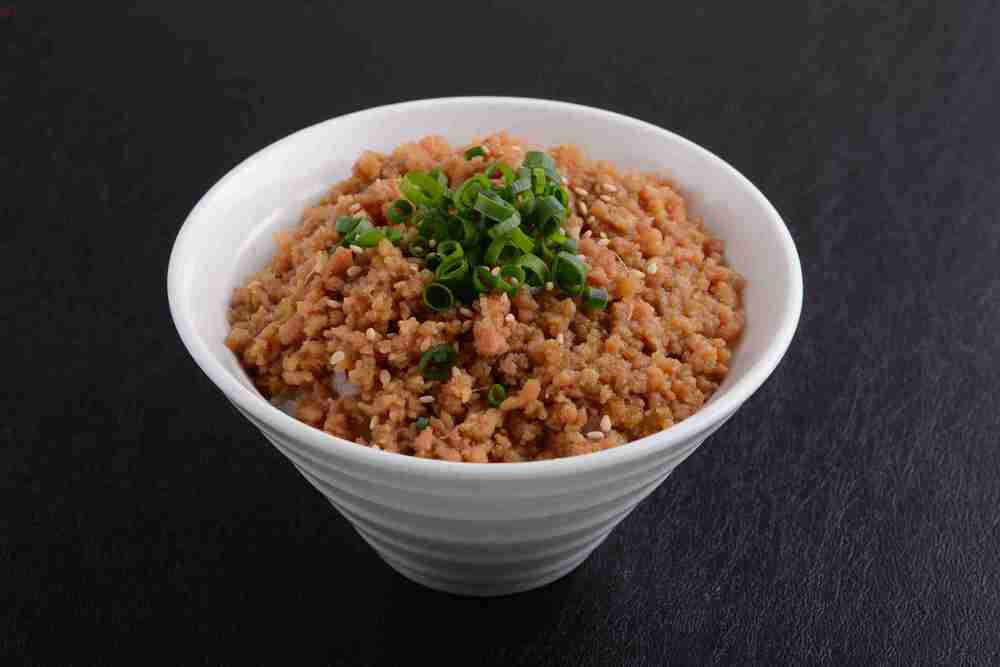 SOBORO MESHI (Minced Chicken on Rice) ($5.50)