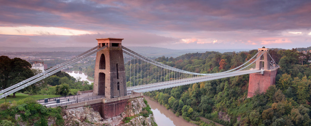 clifton bridge in bristol with pink sunset