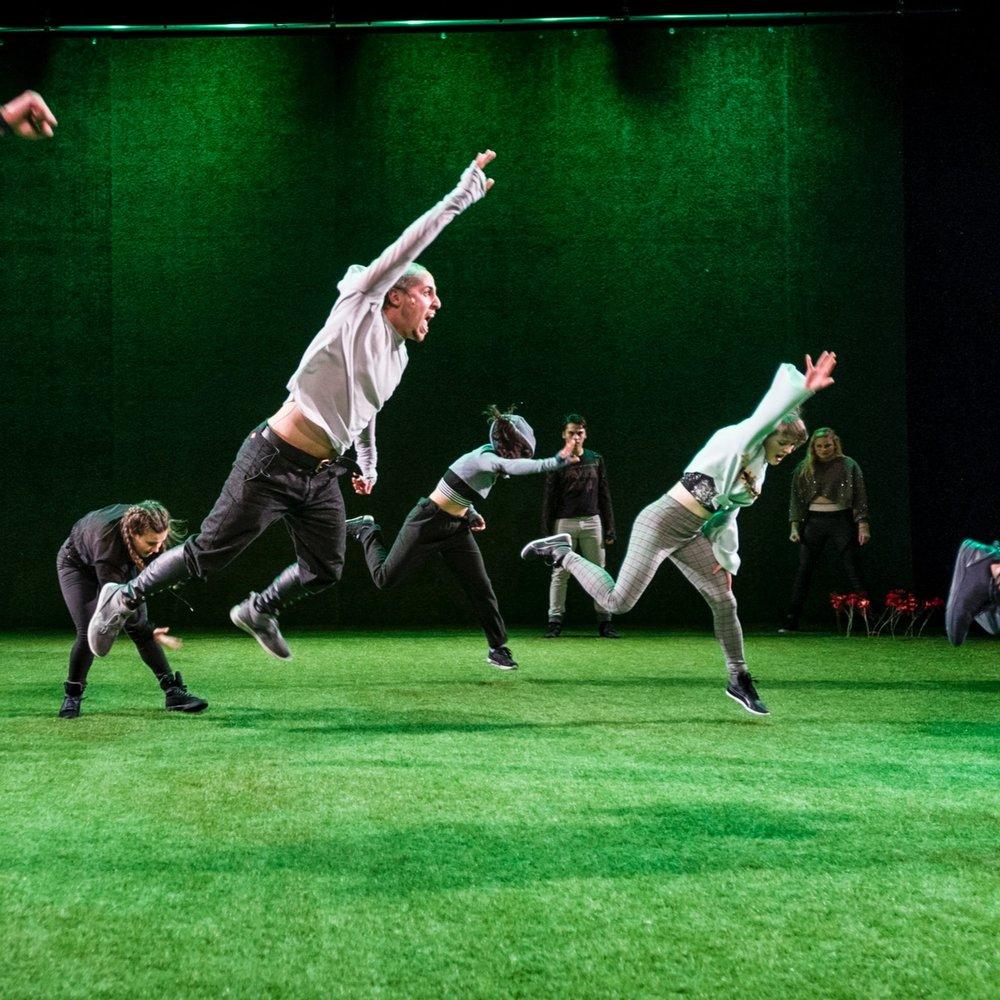 Guerrilla+-+Danstheater+AYA+%26+DOX-27.jpg
