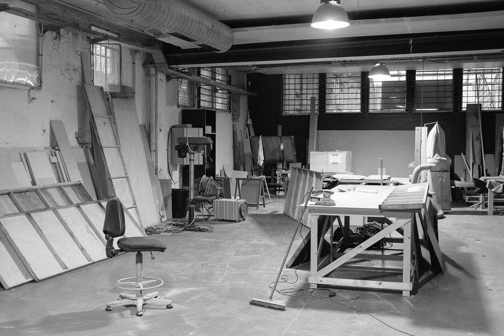 Garnier & Linker new workshop near Paris.