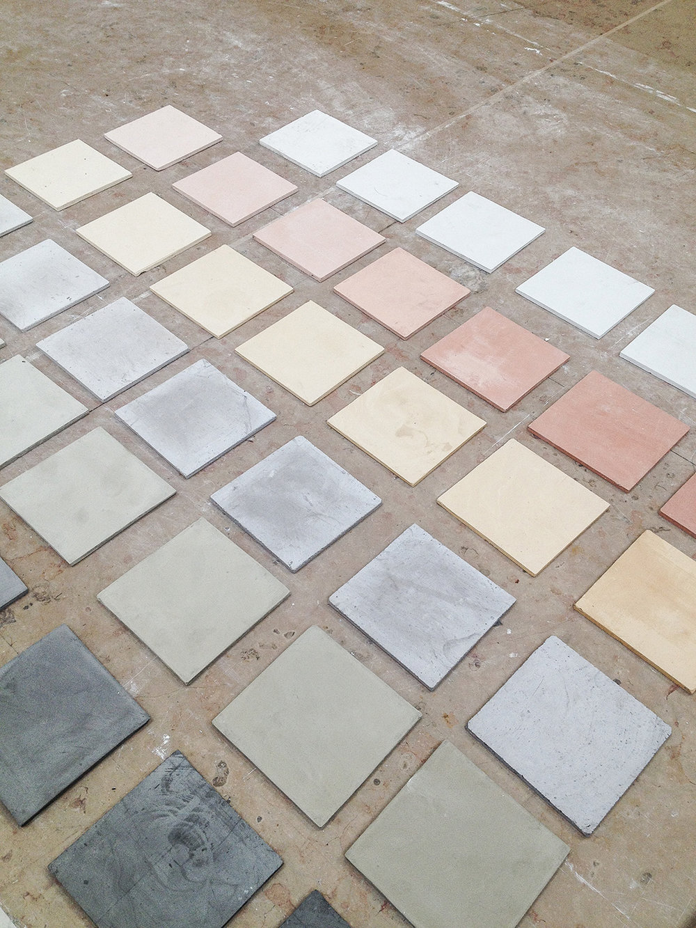 Dyed in the mass plaster: selection of colors.