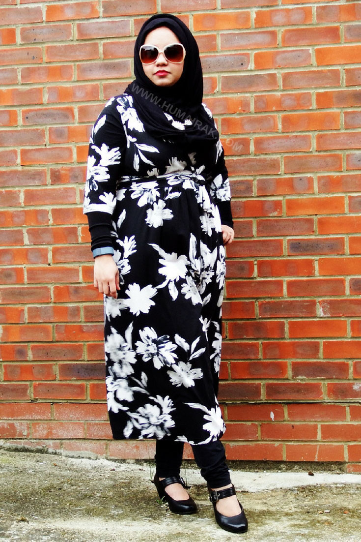 How to style a Midi Wrap Dress with Hijab - The dress is the perfect way to look professional and polished at work. This midi length wrap dress can be styled with leggings and sleeves to make it more modest friendly.   Humairak.com