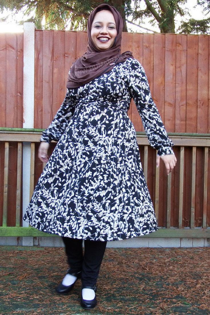 Printed Full Sleeve Dress & Dark Lips With Hijab 4 - Humairak.com.jpg