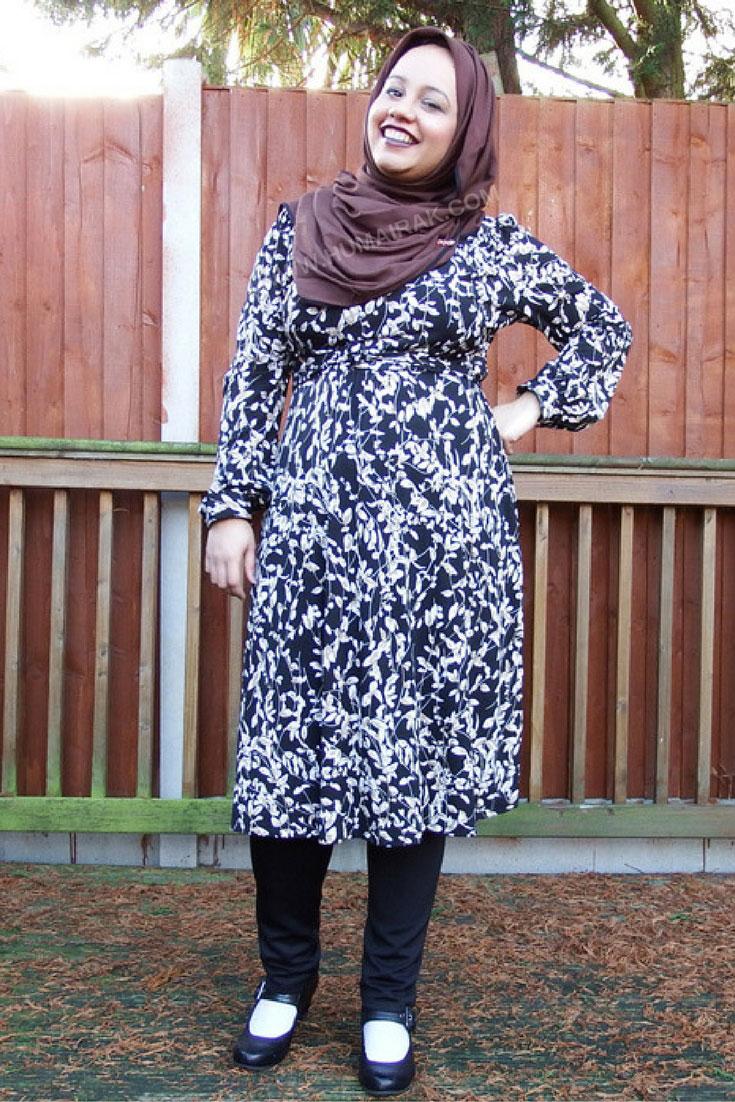 Printed Full Sleeve Dress & Dark Lips With Hijab | Humairak.com