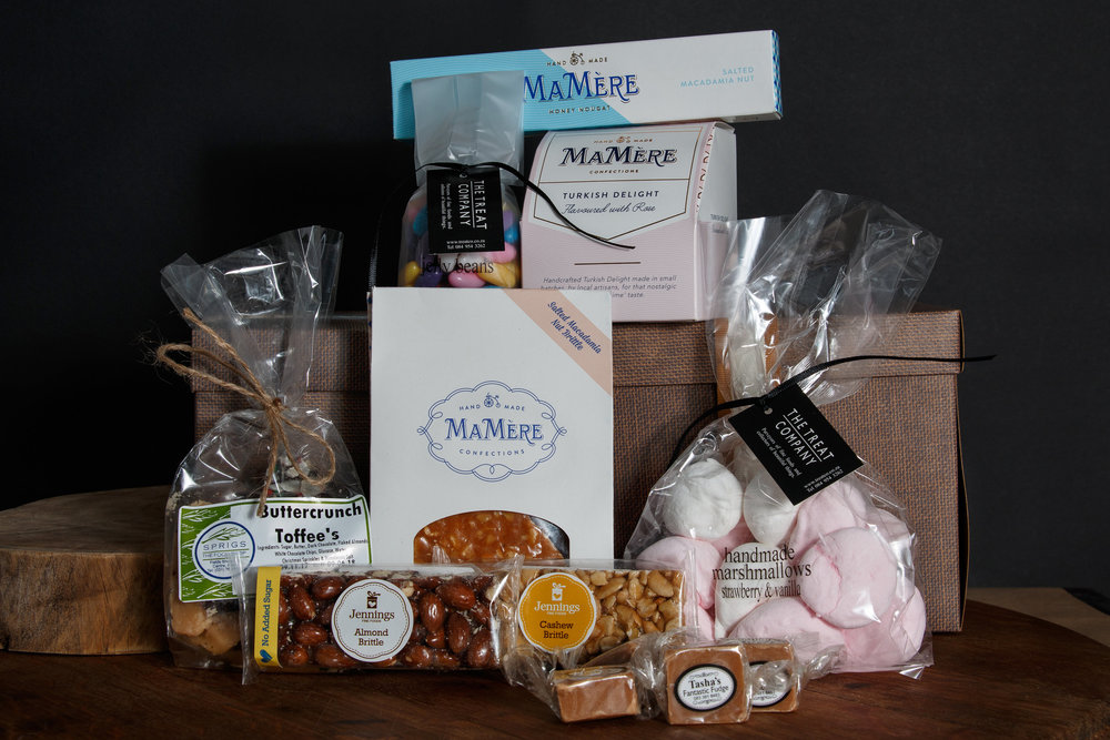 5 Fudge Bon Bons, Jennings Almond and Cashew brittle bars, Mamere salted Macadamia Nut Brittle, Mamere 100g nougat bar, Mamere Turkish delight, Sprigs Buttercrunch toffees, Treatco marshmallows and Jellybeans. R450