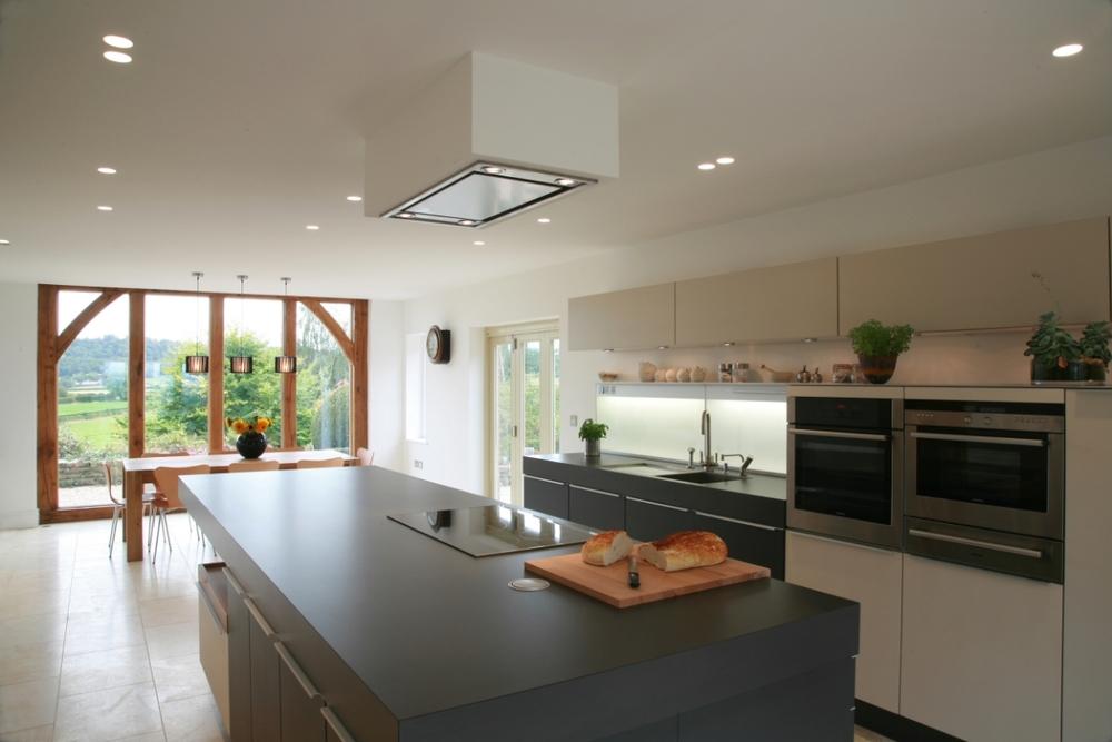 P-KitchenBig1650.jpg