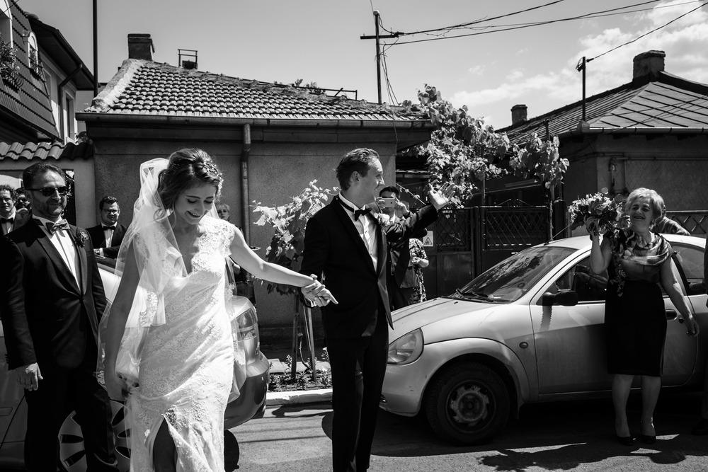 13_Wedding-Reportage-Reception-Dancing.jpg