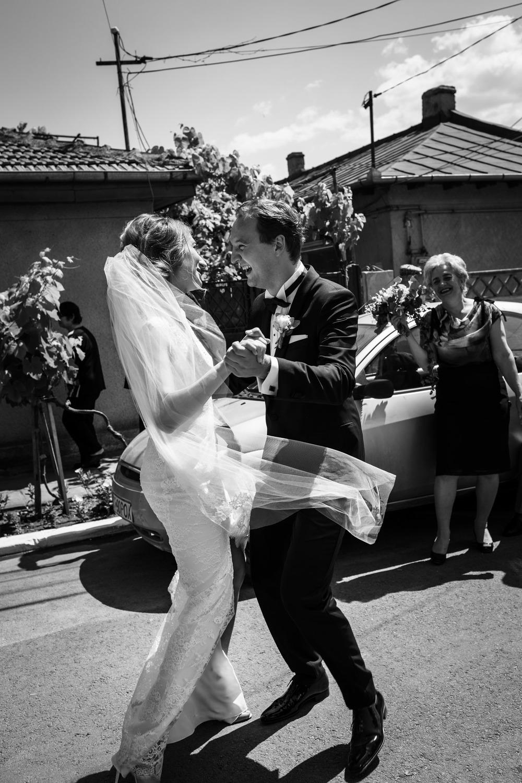 14_Wedding-Reportage-Reception-Dancing.jpg