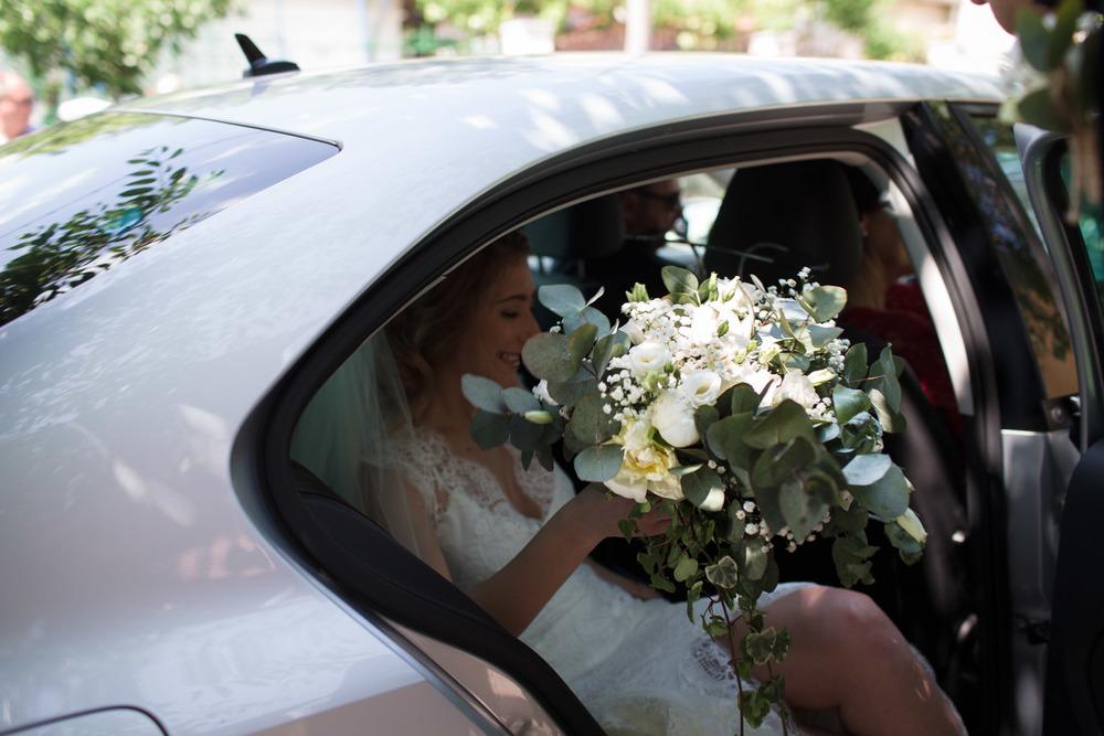 17_Wedding-Reportage-Reception-Flowers.jpg