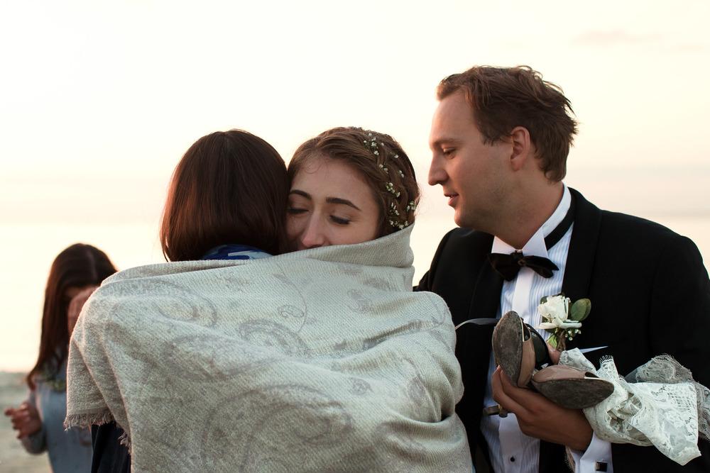 54_Wedding-Reportage-Reception-Beach.jpg