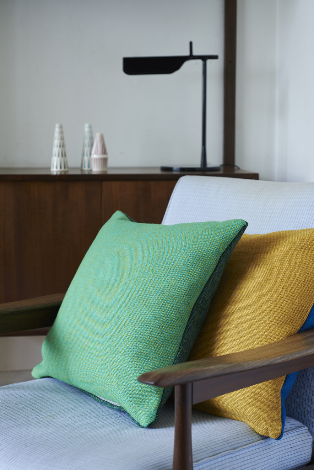 Lane – Twin Tone Tweed Cushions 03 – James Gardiner
