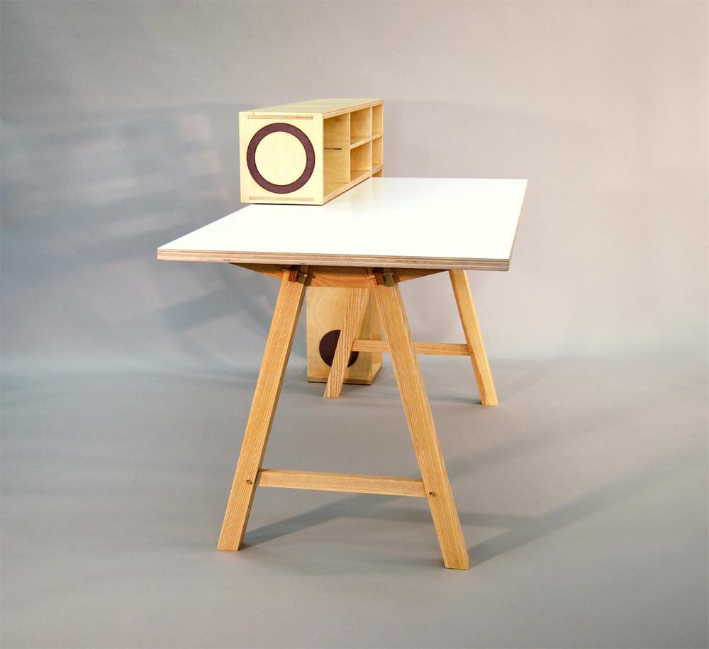 Desk_back right shelf.jpg