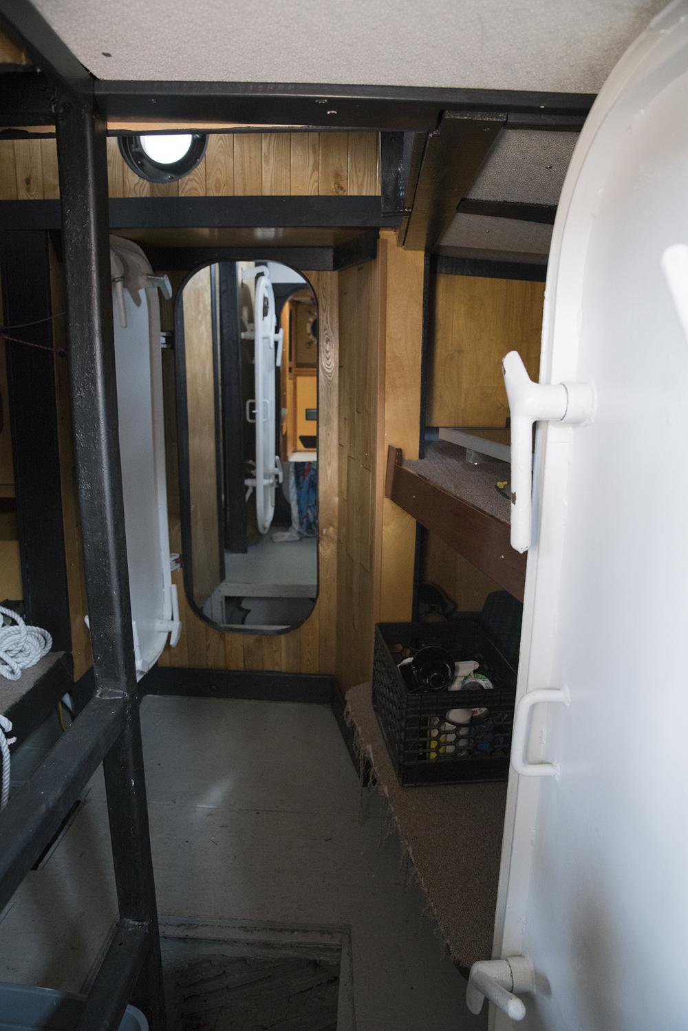 cabin2.jpg