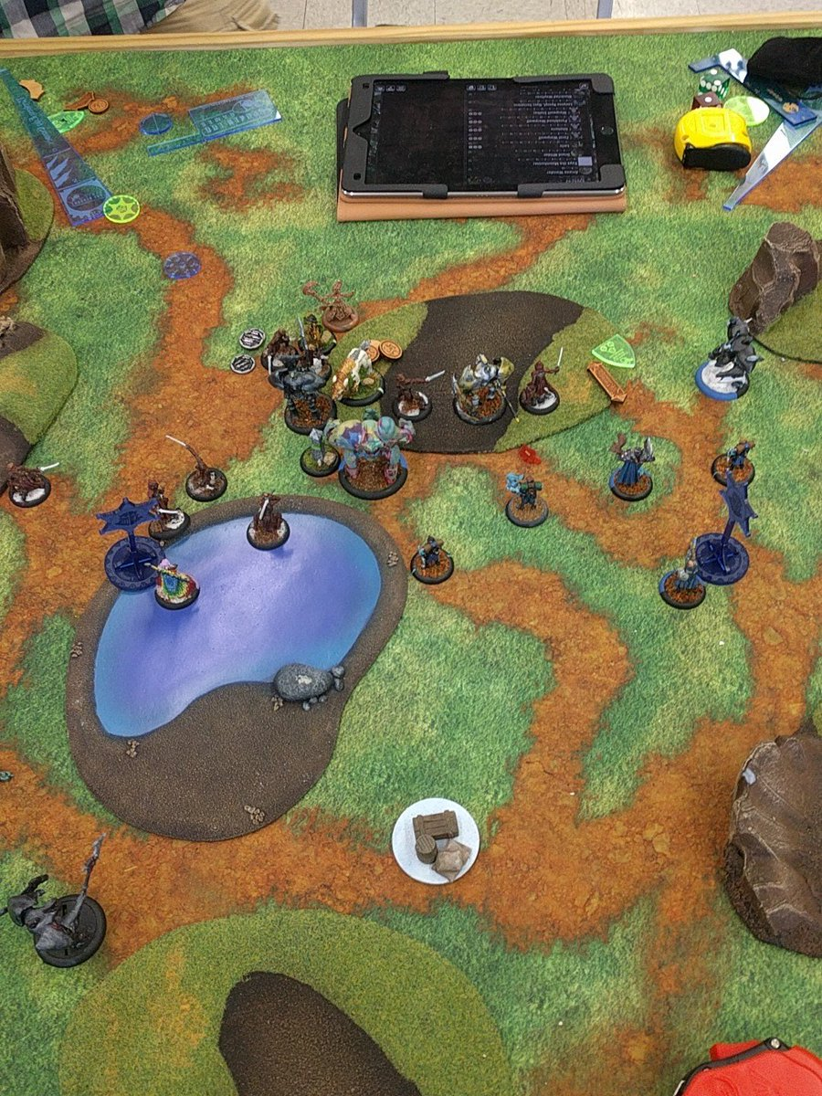 Game state at the end, sans Stalker in front of Vyros on the right because he just died.