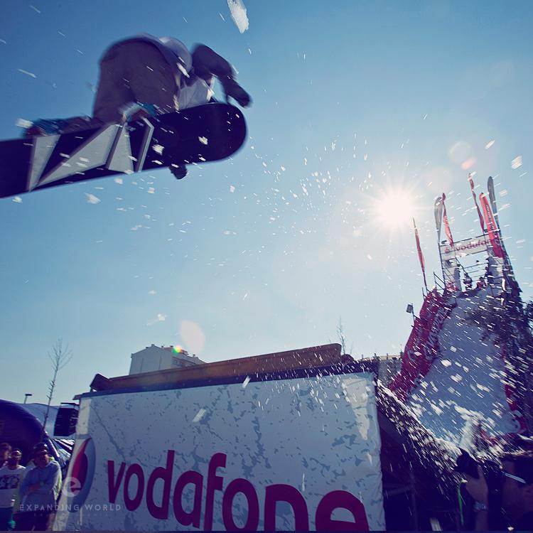 04-Vodafone-Snowboard-Cruz-750x750.jpg