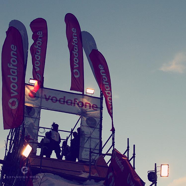08-Vodafone-Snowboard-Cruz-750x750.jpg