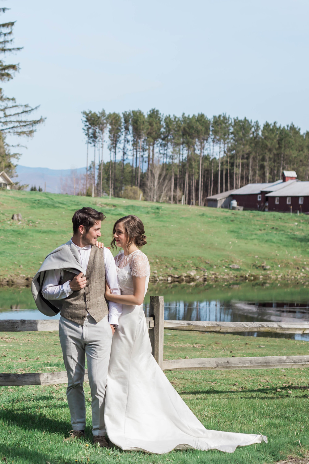 Stowe_NewEnglandWedding_ABPhotography_24 (1 of 1).jpg