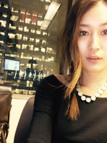 Annie Kim Mom/ Finance