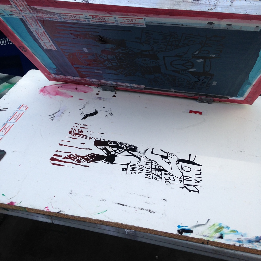 we accidentially screen printed the table. strike 1 :p
