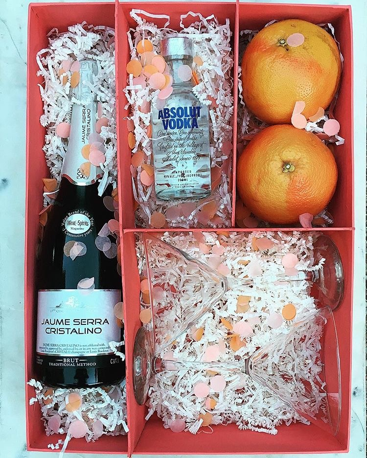 Win this Fleur de Lis Martini Kit!