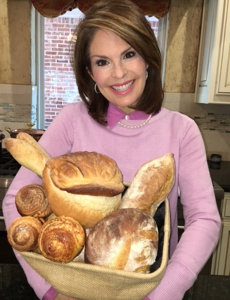 Lorie with bread.JPG
