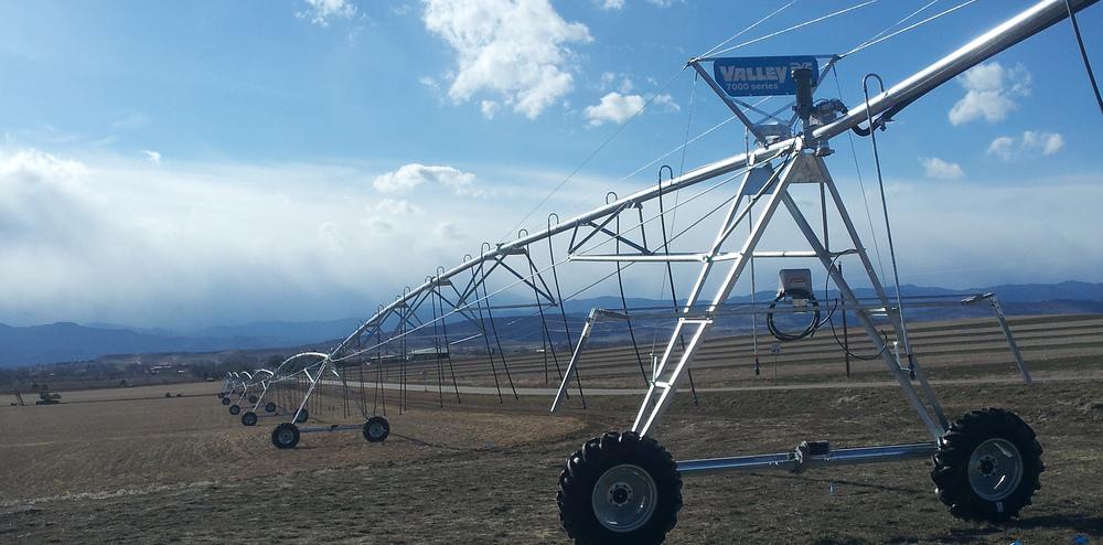 pivot_irrigation_system.jpg