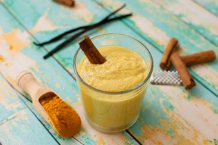 chia turmeric super smoothie