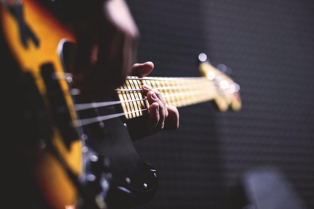 E-Bass -
