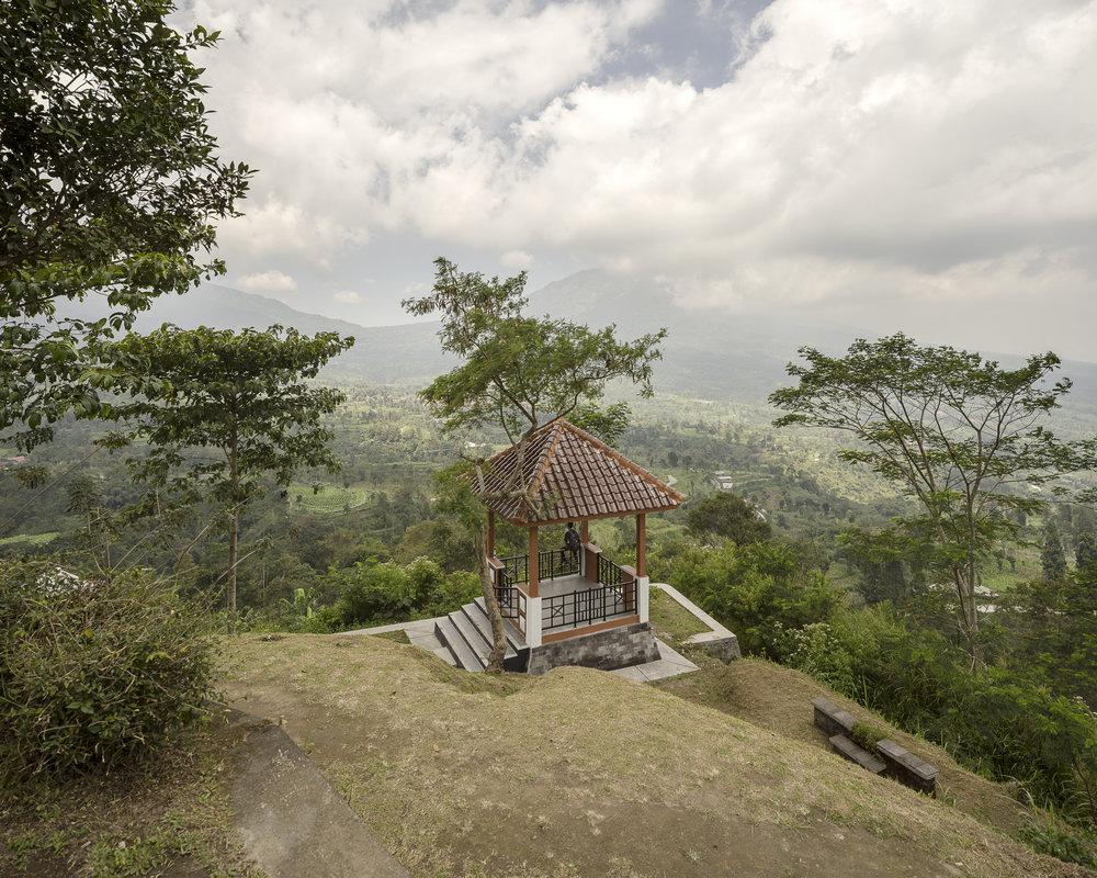 (Isidro Ramirez) Ketep pass, Magelang, Central Java.jpg