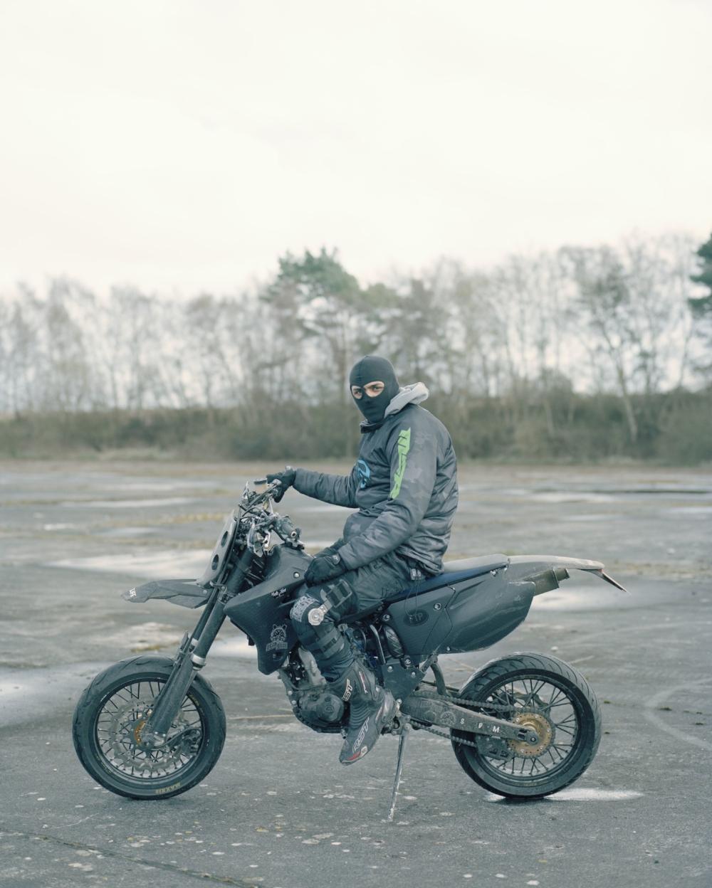 Izzy, Urban Dirt Bikers © Spencer Murphy