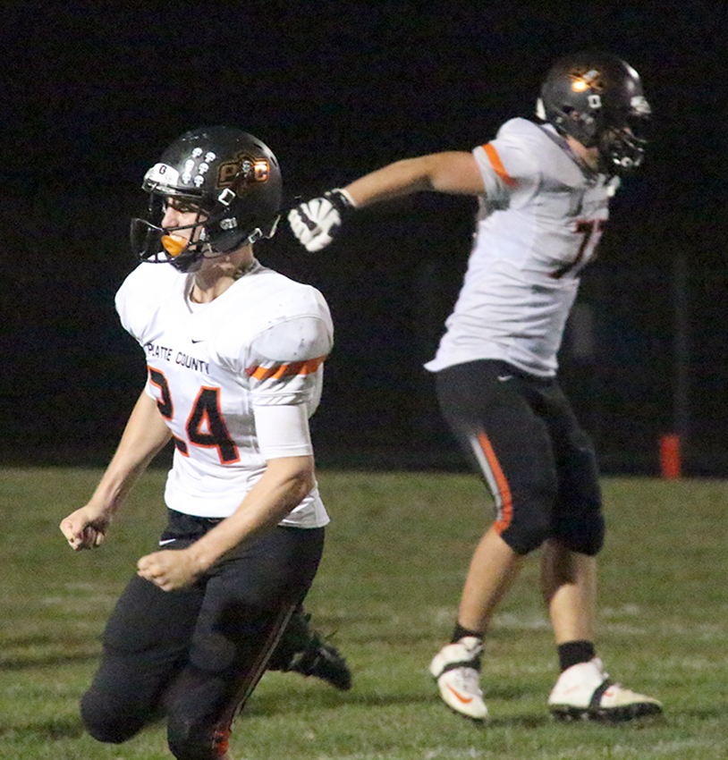Citizen file photo Platte County senior linebacker Johnny Blankenship, left, and junior offensive tackle Derek Kohler, right.
