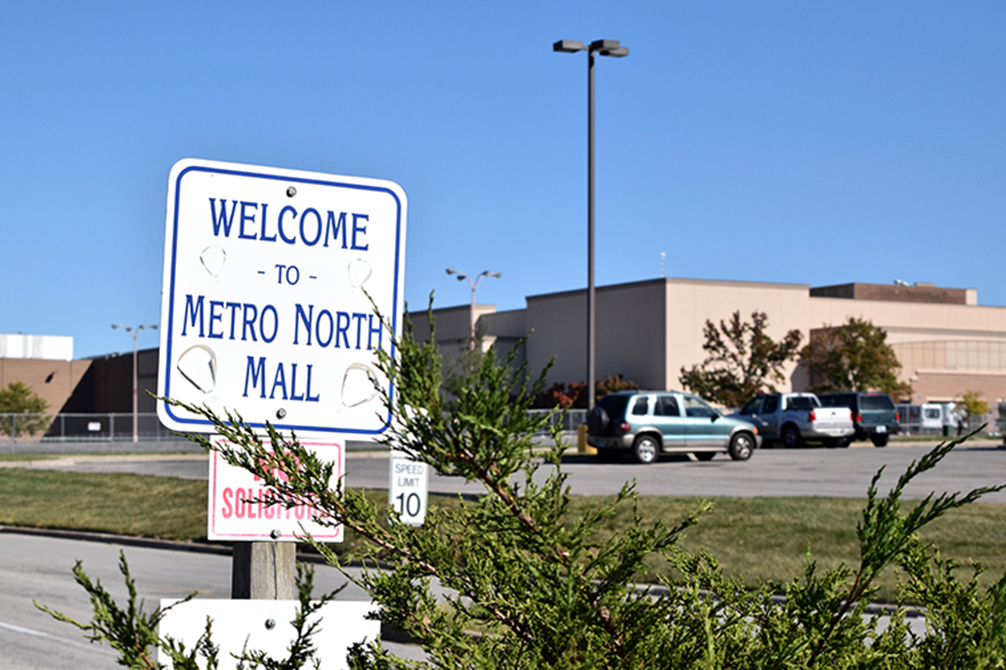 BRYCE MERENESS/Citizen photo Metro North Mall, located on NW Barry Road in western Clay County, has been closed since April of 2014. The property's new owner has proposed a plan to level the iconic shopping center in an effort to rebuild and revitalize the area.